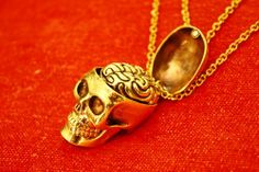 "Luxury Inspiration ""Anatomical Skull and its Brain"" Brass Necklace"