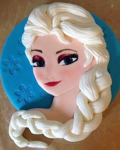 Elsa Cake Topper | docrafts.com