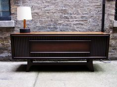 Retro hifi used to look this, lovely isn't it?
