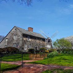 Magnifique Long Island: le secret le moins bien gardé des New-Yorkais Long Island, New York, Mansions, House Styles, Manhattan, Train, Usa, Hobbies, Vacation