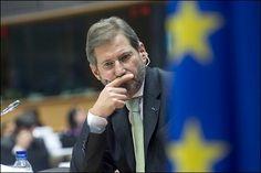 Comisarul european pentru politică regională, Johannes Hahn, l-a anunţat pe premierul român Victor Ponta că executivul comunitar a luat decizia deblocării plăţilor pe Programul Operaţional Sectorial Creşterea Competitivităţii Economice (POS CCE), a declarat marţi, la Bruxelles, purtătoarea de cuvânt a înaltului oficial european, Shirin Wheeler.