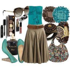 Saia longa marrom com blusa verde/azulada