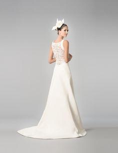 DALMA Carolina Herrera sposa Fall 2015
