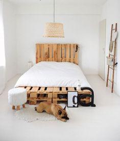 Een stevig bed bouwen? Dat is gemakkelijk te doen met gebruikte pallets. De pallets zijn minimaal gebruikt en zien er zo goed als nieuw uit. Maak je eigen bed uit pallets. Gemakkelijk en snel te bestellen en tevens binnen 2 werkdagen in huis geleverd.