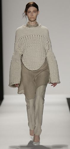 Academy of Art University Spring 2015 Collections - Runway - Mia Jianxia Ji, M.F.A. Fashion and Knitwear Design