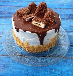 Kinder Maxi King torta – Cake by fari - Cookie Desserts, Fall Desserts, Cookie Recipes, King Cake Recipe, Torte Recipe, King Torta, Maxi King, Hungarian Cake, Pretty Birthday Cakes