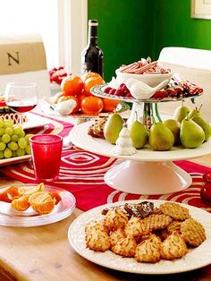 Marvelous Ten Christmas Buffet Table Suggestions On Tabletop Tuesday