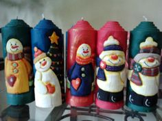 VELAS                                                                                                                                                                                 Más Carved Candles, Diy Candles, Bottle Painting, Diy Painting, Christmas Candles, Christmas Decorations, Candle Art, Candle Accessories, Diy Candle Holders