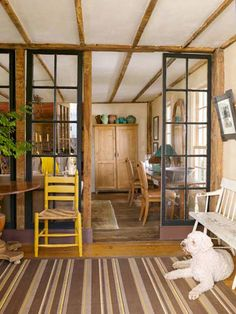 TOH building technology editor Thomas Baker wishes more homes had a vestibule. This cozy room before you enter the main part of a house provides a place to shed coats and shoes, and it buffers the interior from a blast of hot or cold air coming through the open entry. It is both functional and inviting.