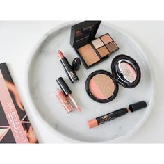 New @maccosmetics #macelliegoulding collection is so stunning! comes out Jan 18th in NZ marble tray is from @loveandrascals #shaaanxo #elliegoulding #maccosmetics #makeup