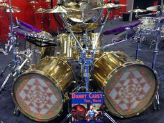 Danny Carey's Paiste drum kit, made entirely of recycled cymbals! Gi Joe, Love Circus, Danny Carey, Rhythm Method, Ludwig Drums, Tool Band, Drawn Art, Drummer Boy, Drum Kits