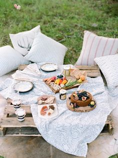 Delicious Rustic Picnic Wedding Reception