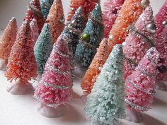 White Bottle Brush Christmas Trees #vintagebottlebrushtrees  #vintagechristmas