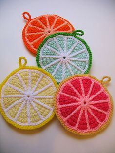 citrus potholders!      ♪ ♪ ...  #inspiration_crochet  #diy GB http://www.pinterest.com/gigibrazil/boards/