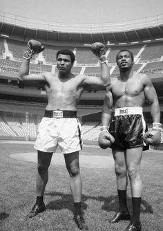'76 Muhammad Ali fought Ken Norton for the third time at Yankee Stadium.