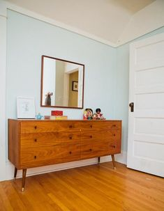 The Lovely Side: Long, Low, & Handsome: 7 Swoon-worthy MCM Dressers
