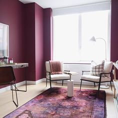 Having a major plum crush over here in this office that we'd happily call home for all eternity. #cantstopwontstop // Another shot from the @gotham_west apartment we designed with @abccarpetandhome. Want more? Good. There's still plenty to see on the #HomepolishMag, including tons of gorgeous art from @uprisenyc. [LINK IN PROFILE✨] // Design by @noa_santos + @jdipie of #HomepolishNYC + photo by @claireesparros.