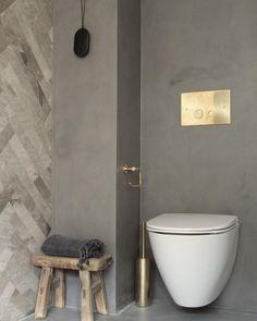 Bathroom Goals combines KABE Concrete with beautiful brass details and herringbone tiles ✨ Stone Bathroom, Concrete Bathroom, Brass Bathroom, Ikea Bathroom, Bathroom Goals, Bathroom Colors, Bathroom Sets, Bathroom Fixtures, Bathroom Interior