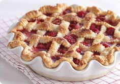 Driscoll's Strawberry - Raspberry Lattice Pie. | Driscolls.com