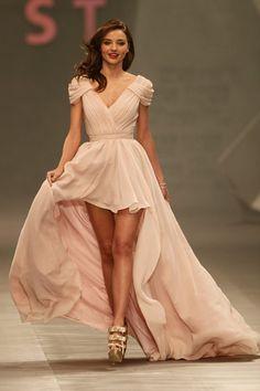 Miranda Kerr  in an Eva Brazzi dress for a fashion show in Mexico City.