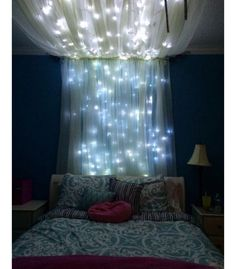 Girl room - Add some string lights to create an extra whimsical effect. - 20 Magical DIY Bed Canopy Ideas Will Make You Sleep Romantic My New Room, My Room, Room Set, Sweet Home, Diy Casa, Diy Canopy, Canopy Bedroom, Bed Canopies, Fabric Canopy