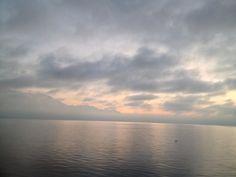 Lac Léman ©CarolineBerthoud Amazing Places, The Good Place, Celestial, Sunset, World, Outdoor, Lake Geneva, Sunsets, Outdoors