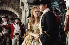 """Orlando Bloom as Will Turner and Keira Knightley as Elizabeth Swann are back in the second sequel of """"Pirates of The Caribbean"""" - Will And Elizabeth, Elizabeth Swann, Elizabeth Turner, Keira Christina Knightley, Keira Knightley, Orlando Bloom Young, Thing 1, Captain Jack Sparrow, Movie Facts"""
