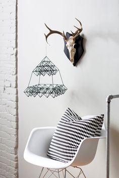 scandinavian. black and white decor