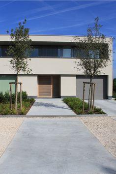 Andersen Patio Door Parts . andersen Patio Door Parts . Driveway Landscaping, Modern Landscaping, Offset Patio Umbrella, Patio Plans, Garden Paving, Villa, Garden Architecture, Concrete Patio, Modern Exterior
