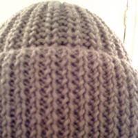 Bonnet de laine  Modèle de tricot - loisirs créatifs, très joli point