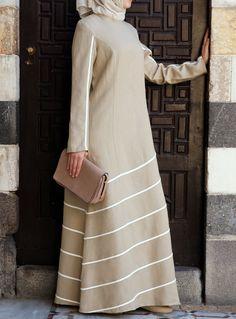 SHUKR's long dresses and abayas are the ultimate in Islamic fashion. Hijab Fashion 2016, Abaya Fashion, Modest Fashion, Muslim Dress, Hijab Dress, Maxi Dresses, Long Dresses, Moslem Fashion, Modele Hijab