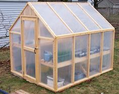 Bepa's Garden: Building an inexpensive Greenhouse with pine and 6 mm plastic panels