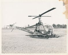 """U.S. Army Hiller OH-23 (UH-12) """"Raven"""" Helicopter (s/n 572984)"""