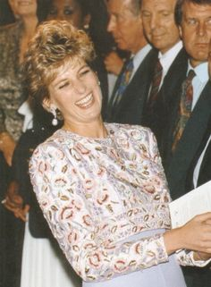 the gown is stunning! the laughter divine ♥ Princess of Wales ♥