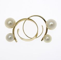 IRENA BRYNNER SCULPTURAL GOLD AND PEARL EARRINGS