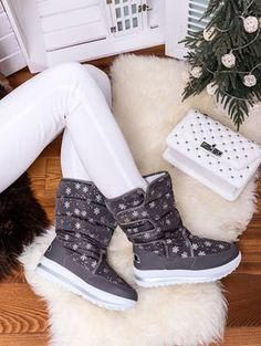 Teplé sivé snehule ozdobené vločkami JB13-6S Outfit, Boots, Winter, Fashion, Outfits, Crotch Boots, Winter Time, Moda, Fashion Styles