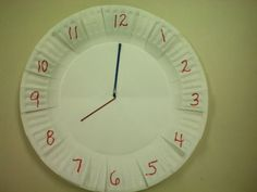 Practice clocks with 2 paper plates and spray-painted bobby pins to match the red hour writing and blue minute writing Teaching Time, Teaching Math, Fun Math, Math Games, 2nd Grade Crafts, Common Core Activities, Learn To Tell Time, Time To The Hour, Special Ed Teacher