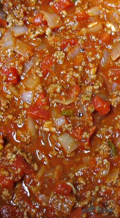 a Simple and Delicious Meat Sauce? Want a Simple and Delicious Meat Sauce? Want a Simple and Delicious Meat Sauce? Best Spaghetti Sauce, Spaghetti Meat Sauce, Homemade Spaghetti Sauce, Spaghetti Recipes, Spaghetti Squash, Spaghetti Bolognese, Spaghetti Sauce Ground Beef, Prego Spaghetti Recipe, Pasta With Meat Sauce