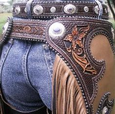 Denice Langley Custom Leather - one day I'll have a pair! Cowboy Gear, Cowboy And Cowgirl, Cowgirl Style, Cowgirl Chaps, Leather Carving, Leather Tooling, Tooled Leather, Leather Bags, Leather Engraving