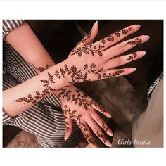 Taking bookings all over UAE For Events Henna Hand Designs, Pretty Henna Designs, Arabic Henna Designs, Mehndi Art Designs, Latest Mehndi Designs, Bridal Mehndi Designs, Mehndi Designs For Hands, Simple Mehndi Designs, Henna Tattoo Designs