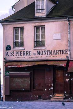 Montmartre Quarter, Rue Norvins, Paris XVIII I took a photo of this, too. Montmartre Paris, Paris Paris, Pink Paris, St Pierre, Ivy House, Belle Villa, I Love Paris, Shop Fronts, Viajes