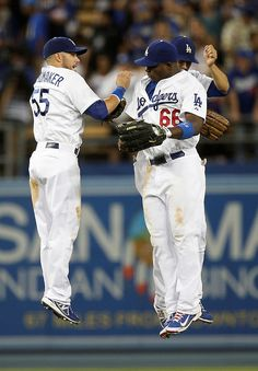 Dodgers clinch NL West!