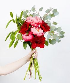 Start With the Right Blooms | These blooms hit their peak in May and June. Here's how to make your lush arrangement last longer.