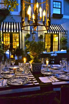 Beaux Mondes Designs: New Outdoor Dining