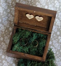 Dream Wedding, Wedding Day, Vintage Wedding Jewelry, Laser Cut Jewelry, Artist Alley, Ceremony Decorations, Rustic Wedding, Diy And Crafts, Decorative Boxes
