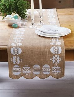Burlap Easter Table Runner {Jane Deals}