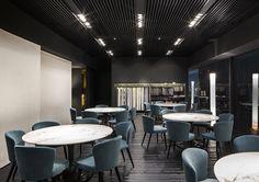 Italian Design Brands at IMM Cologne 2016 – Minotti by Rodolfo Dordoni Minotti Furniture, Italian Interior Design, Zen Style, Interior Design Inspiration, Dining Area, Love Seat, Branding Design, Cologne, Table