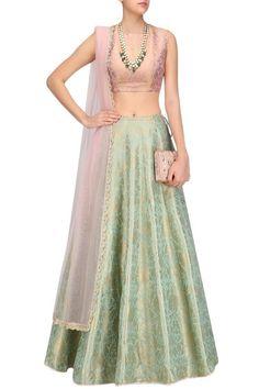 Pink and mint green brocade lehenga pink Banarasi lengha choli indian wedding outfit indian bridal wear Brocade Lehenga, Banarasi Lehenga, Green Lehenga, Lengha Choli, Lehnga Dress, Lehenga Blouse, Indian Lehenga, Anarkali, Brocade Suits