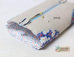 사각사각 파우치 만드는 방법입니다, 옆면의 처리방법이 색다른 파우치에요~ 그럼 같이 만들어 보실까요? ^... Pouch Bag, Purse Wallet, Coin Purse, Sewing Hacks, Sewing Projects, Ideas Prácticas, Pouch Tutorial, Embroidered Bag, Quilted Bag