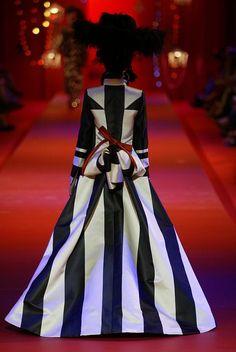 Christian Lacroix Fashion show  & more details